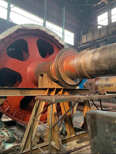 河北邯郸钢厂德国进口600T电机转子轴断裂修复